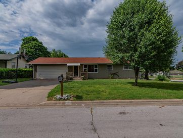 2807 West Chicago Street Springfield, MO 65803 - Image 1