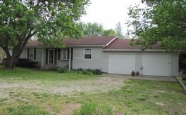 Photo Of 209 West Jennifer Street Mansfield, MO 65704