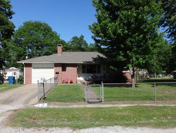 307 North Cass Carterville, MO 64835 - Image 1