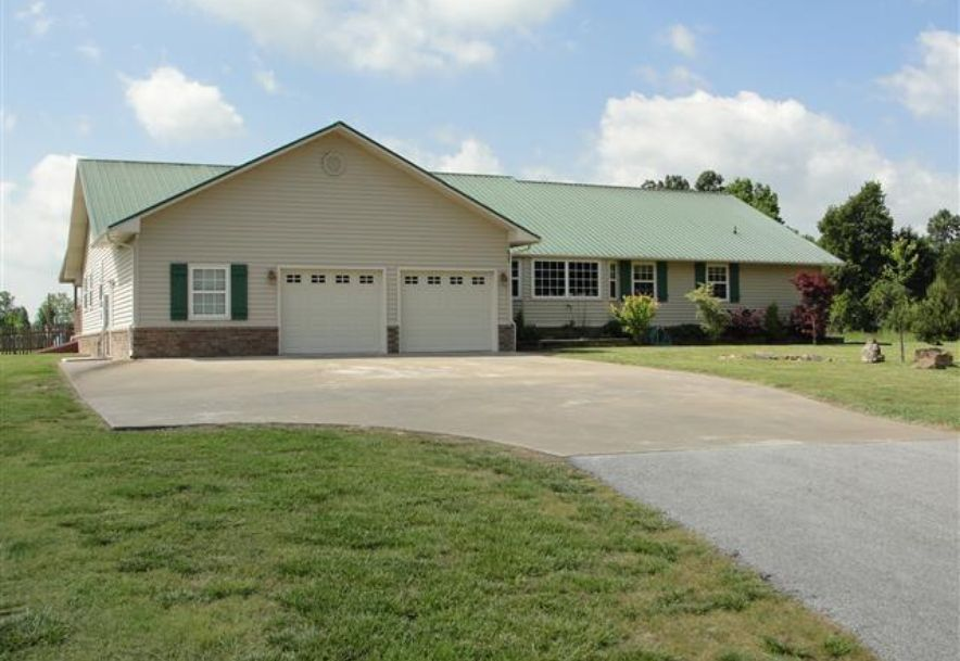 4100 Greenhaw Lane Harrison, AR 72601 - Photo 2