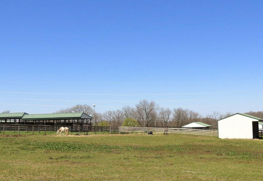 373 Holder Road Clever, MO 65631 - Photo 95