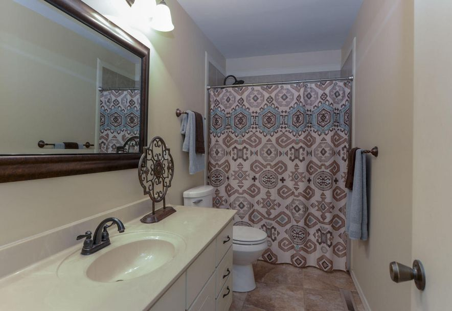 3827 South Lindell Avenue Springfield, MO 65807 - Photo 27