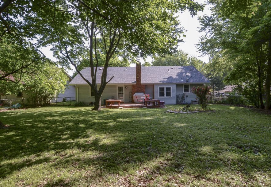 3827 South Lindell Avenue Springfield, MO 65807 - Photo 29