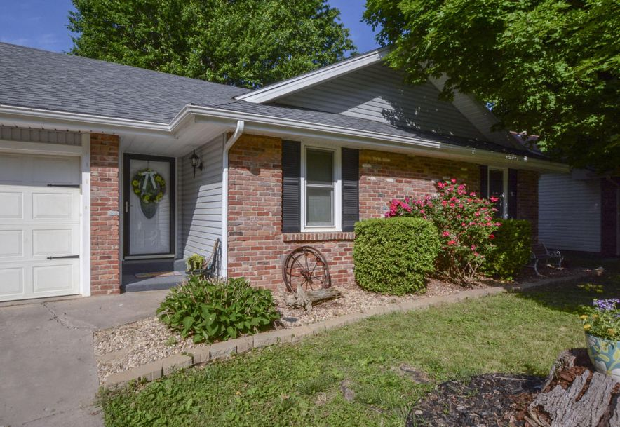 3827 South Lindell Avenue Springfield, MO 65807 - Photo 4