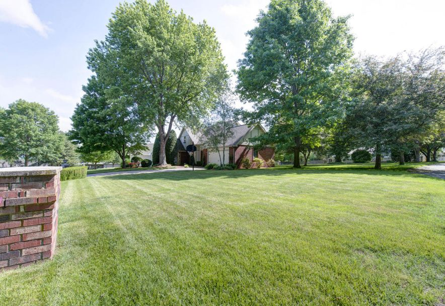8209 Oakmont Drive Fremont Hills, MO 65714 - Photo 33