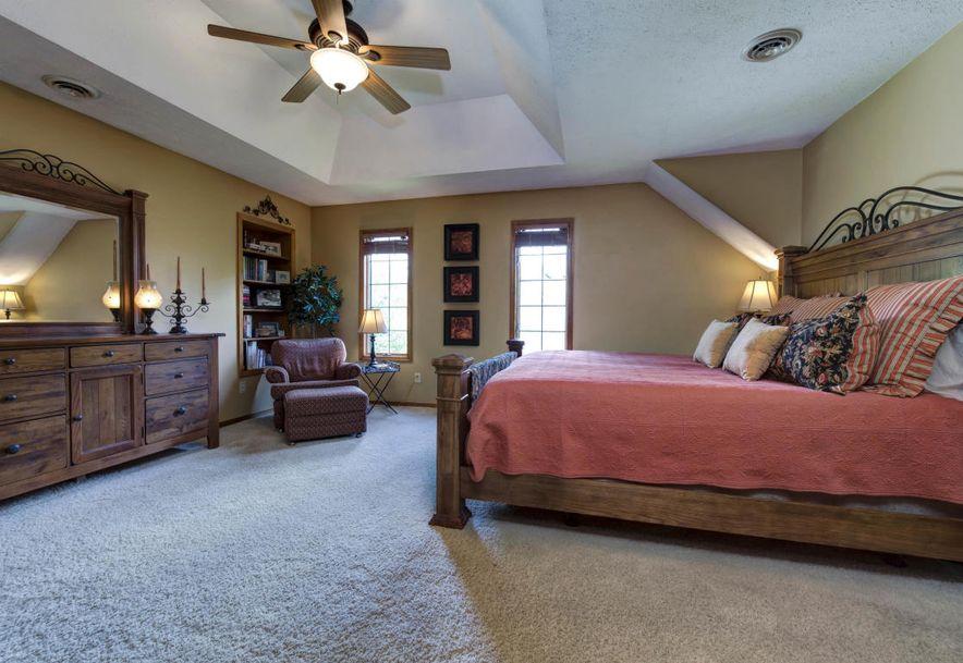 8209 Oakmont Drive Fremont Hills, MO 65714 - Photo 6
