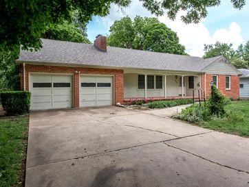 1654 South Roanoke Avenue Springfield, MO 65807 - Image 1