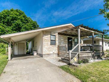 1035 North Homewood Avenue Springfield, MO 65802 - Image 1