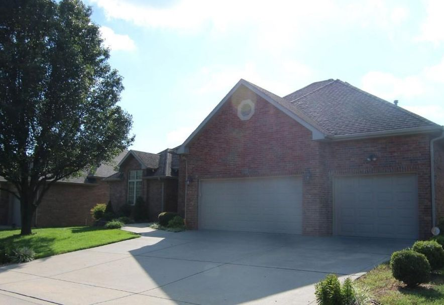 1411 North Chapel Drive Springfield, MO 65802 - Photo 8