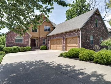 5371 South Woodfield Avenue Springfield, MO 65810 - Image 1