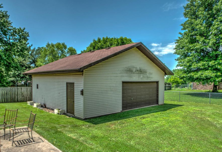 905 North 7th Avenue Ozark, MO 65721 - Photo 21
