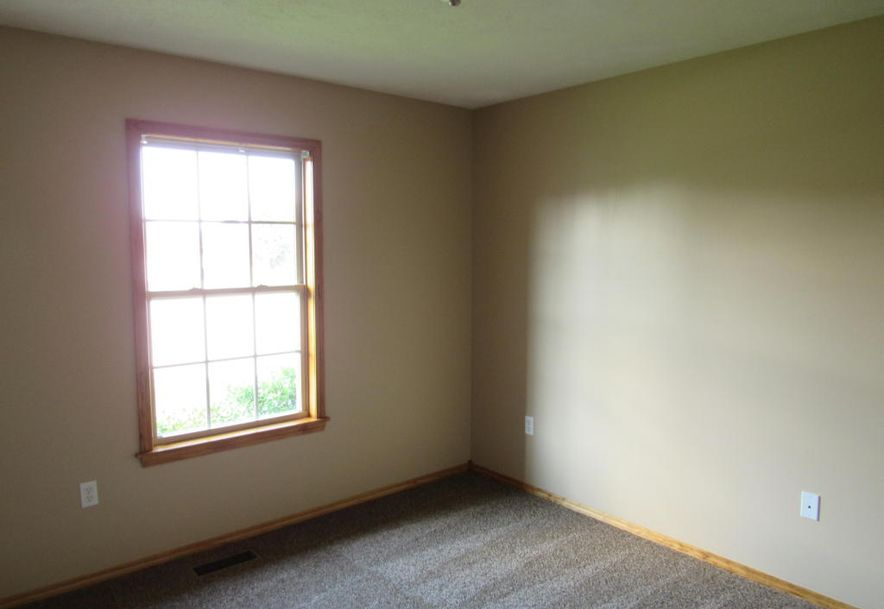5546 West Clyde Street Springfield, MO 65802 - Photo 20