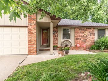 3254 South Robberson Avenue Springfield, MO 65807 - Image 1