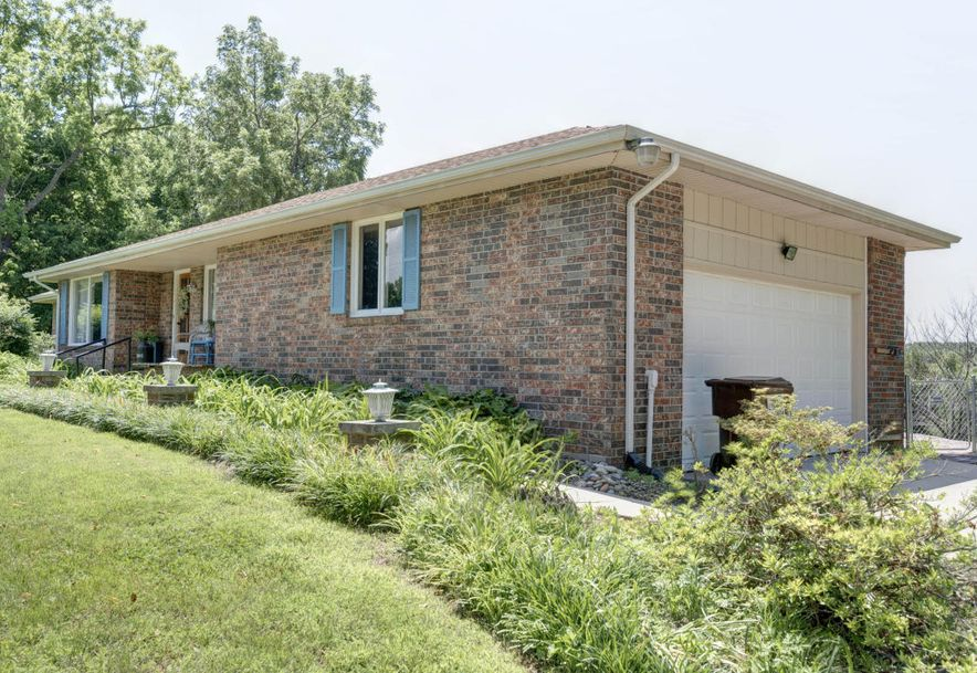 5005 East State Highway Aa Springfield, MO 65803 - Photo 2