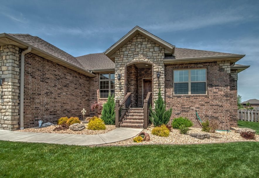 1546 North Kentbrook Court Springfield, MO 65802 - Photo 8