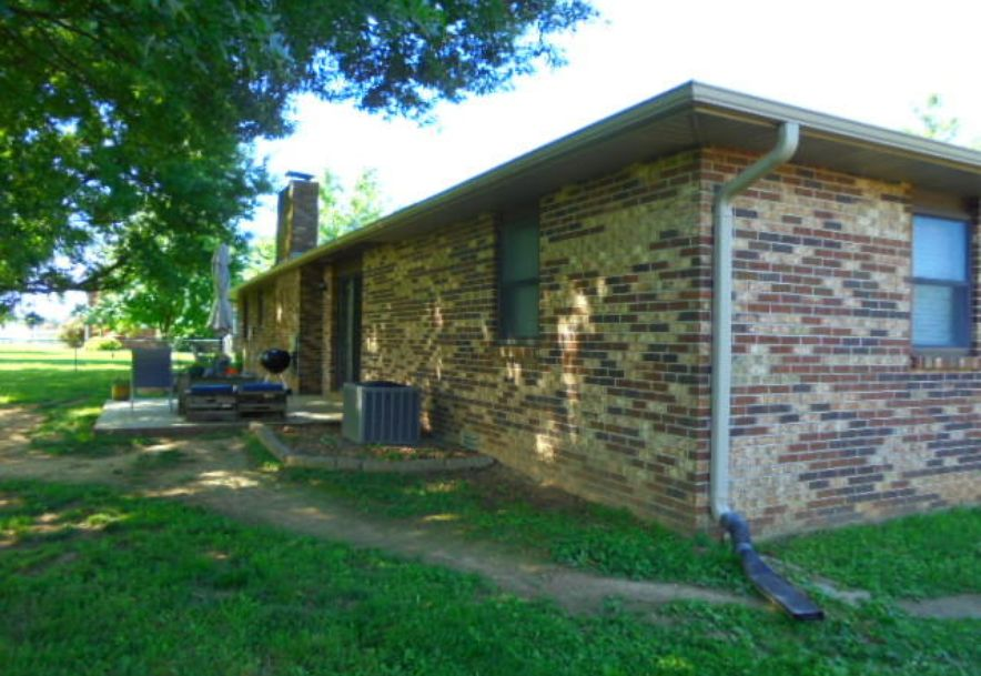 1226 Parkway Drive Mt Vernon, MO 65712 - Photo 5