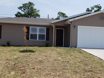 172 Echo Valley Circle Reeds Spring, MO 65737 - Image 1