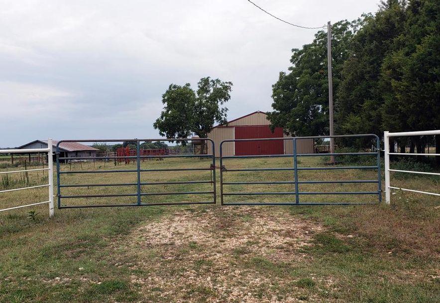 18342 Lawrence 1170 Aurora, MO 65605 - Photo 5