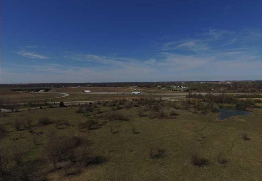 2715 South Prosperity Road Joplin, MO 64804 - Photo 3