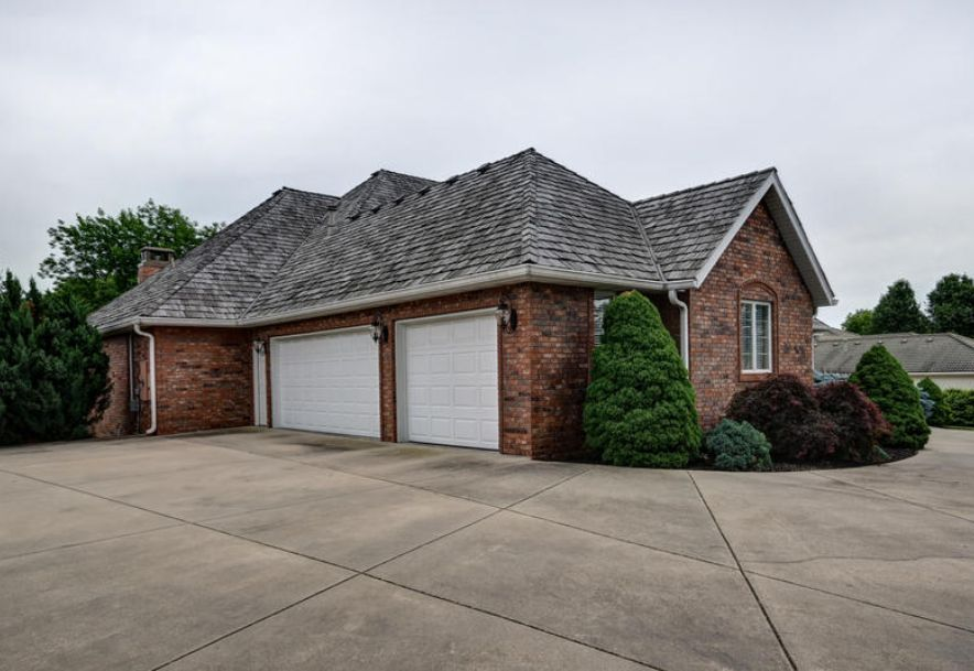 5346 South Castlebay Drive Springfield, MO 65809 - Photo 7