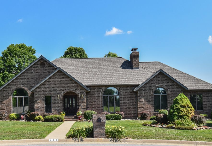 715 Southern Heights Drive Aurora, MO 65605 - Photo 1