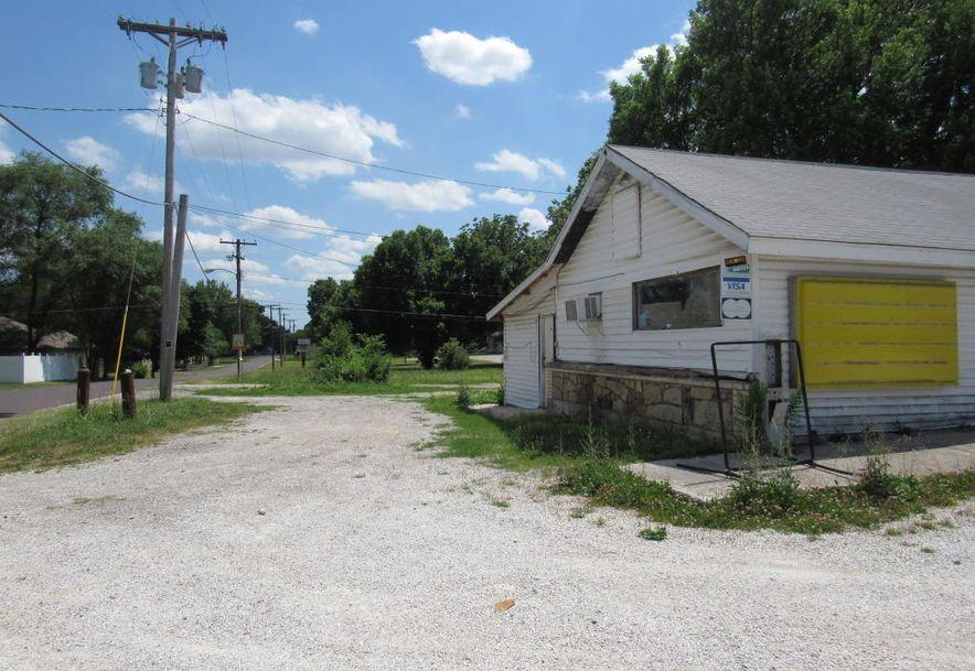 2904 West Chestnut Expressway Springfield, MO 65802 - Photo 12