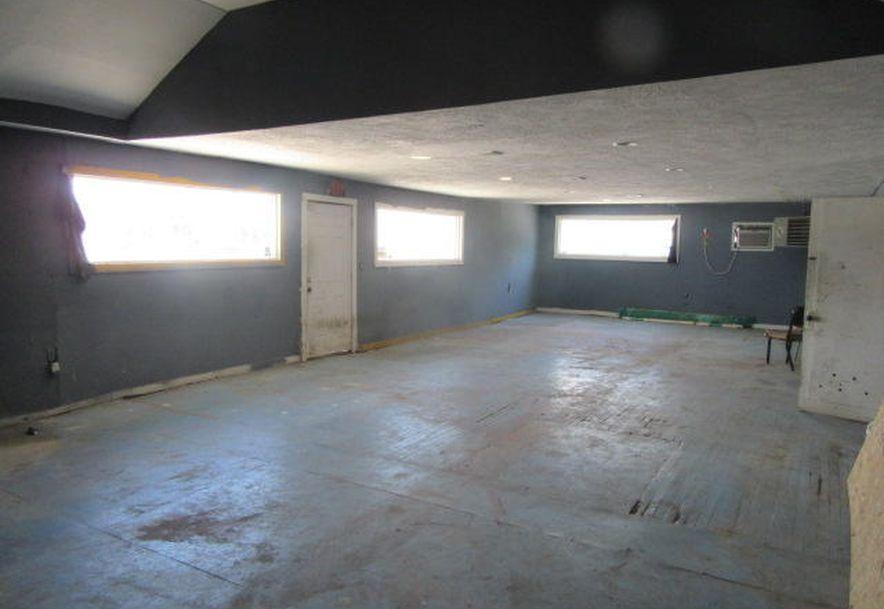 2904 West Chestnut Expressway Springfield, MO 65802 - Photo 22