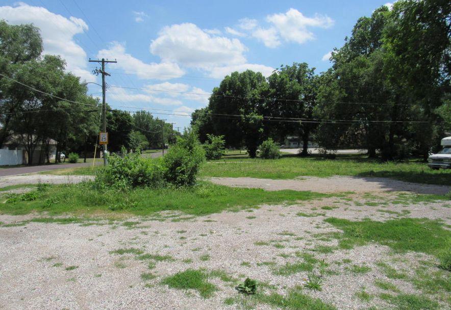 2904 West Chestnut Expressway Springfield, MO 65802 - Photo 9