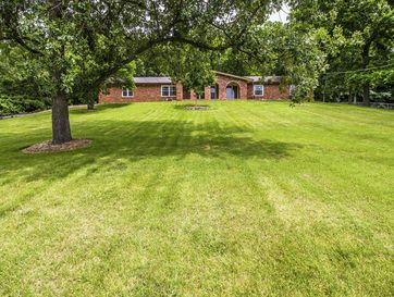 5522 South Woodcliffe Drive Springfield, MO 65804 - Image 1