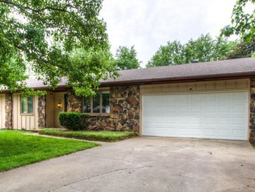 3504 South Westwood Avenue Springfield, MO 65807 - Image 1