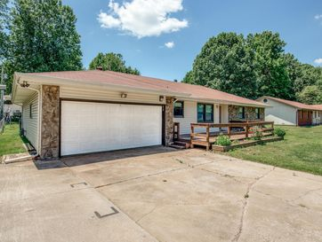 2558 West Village Lane Springfield, MO 65807 - Image 1