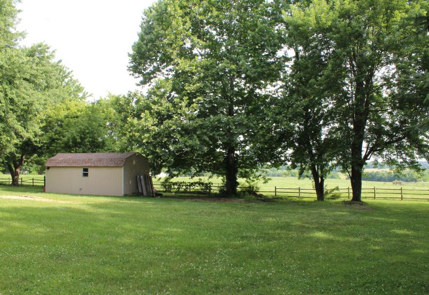 307 West Linn Marionville, MO 65705 - Photo 20