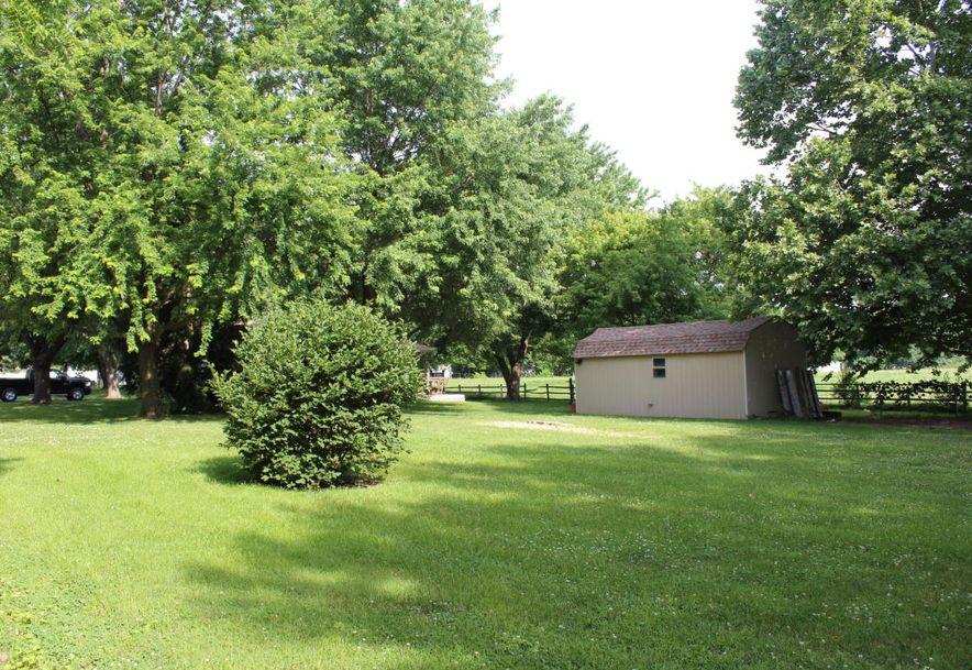 307 West Linn Marionville, MO 65705 - Photo 28