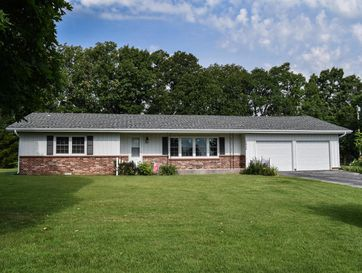 2925 South Washington Avenue Aurora, MO 65605 - Image 1