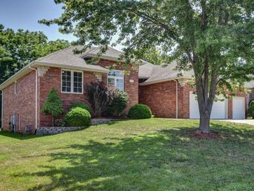 4700 South Winsor Drive Battlefield, MO 65619 - Image 1