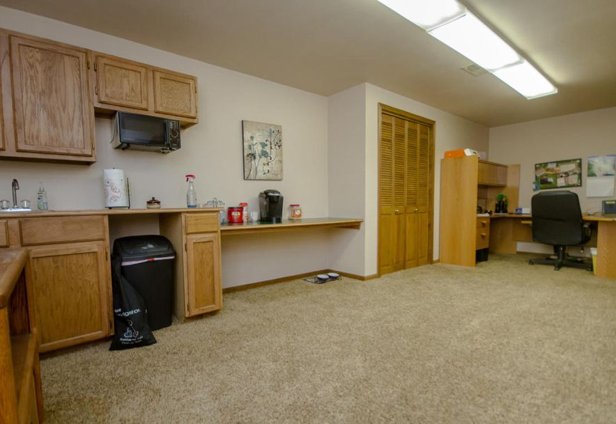 3900 North Farm Road 165 Springfield, MO 65803 - Photo 23