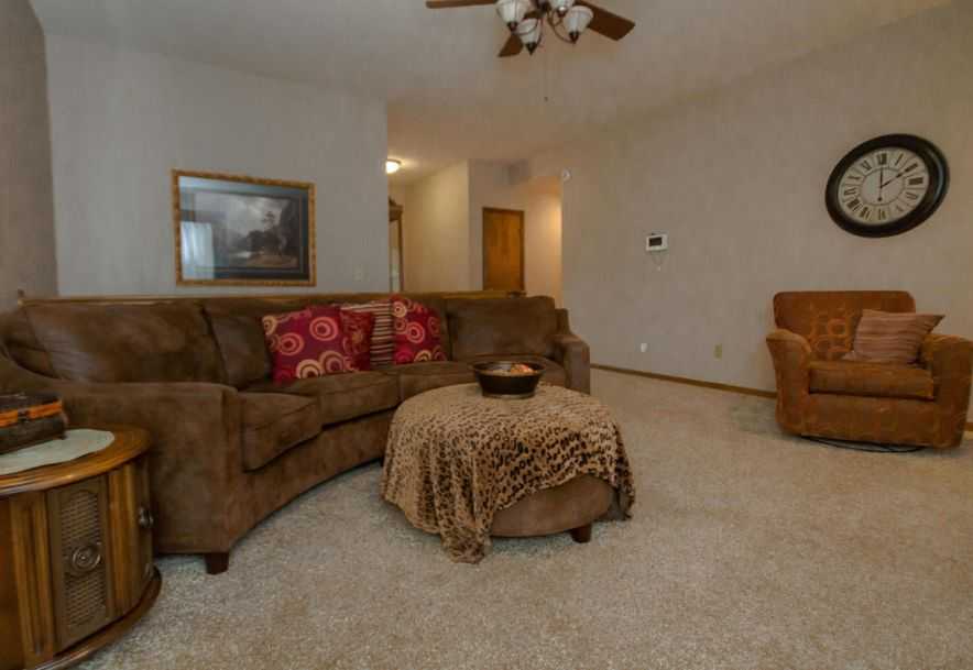 3900 North Farm Road 165 Springfield, MO 65803 - Photo 6