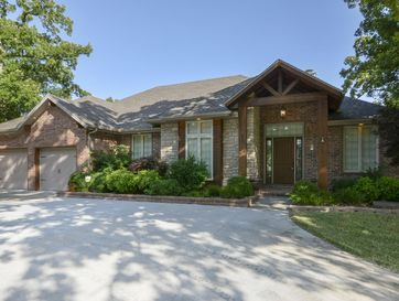 227 Lakeshore Drive Blue Eye, MO 65611 - Image 1