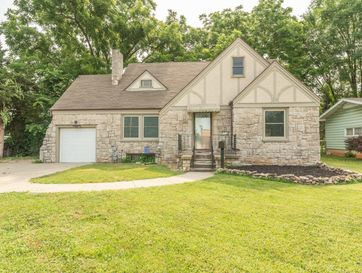 1818 South Fort Avenue Springfield, MO 65807 - Image 1