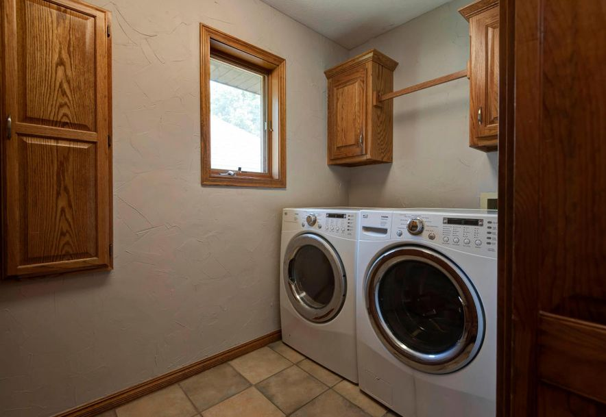 4671 South West Avenue Springfield, MO 65810 - Photo 15