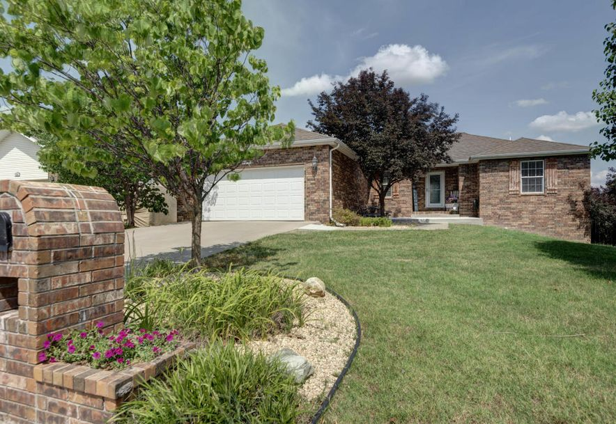 578 South Canterbury Lane Nixa, MO 65714 - Photo 1