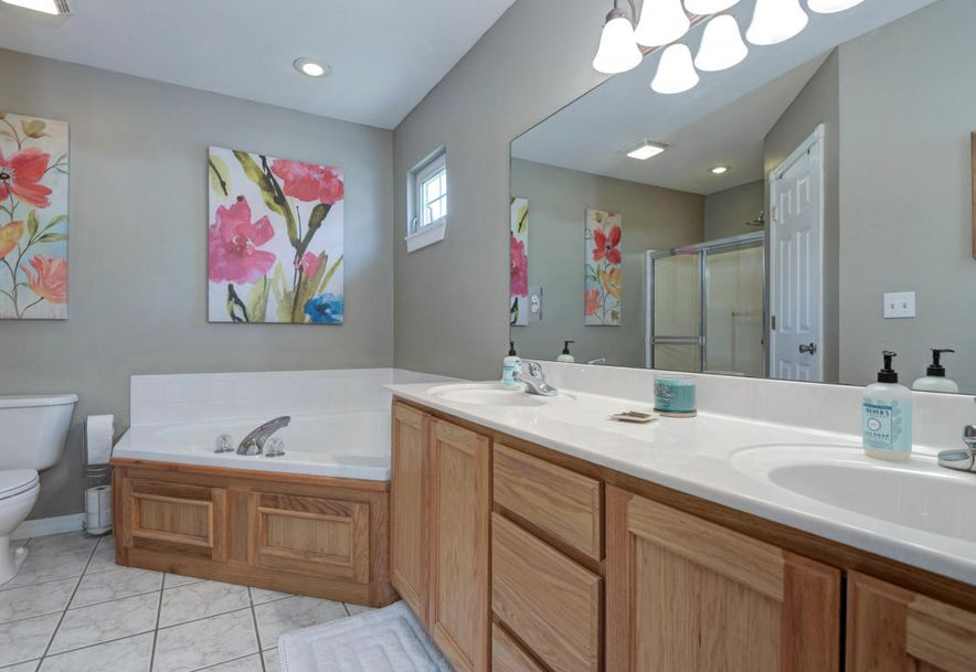 578 South Canterbury Lane Nixa, MO 65714 - Photo 9