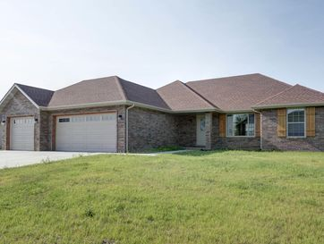 200 East Cypress Street Clever, MO 65631 - Image 1