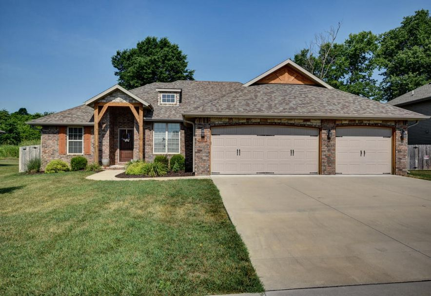 1333 South Miller Avenue Springfield, MO 65802 - Photo 1