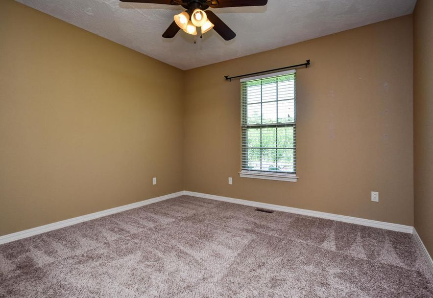 1333 South Miller Avenue Springfield, MO 65802 - Photo 33