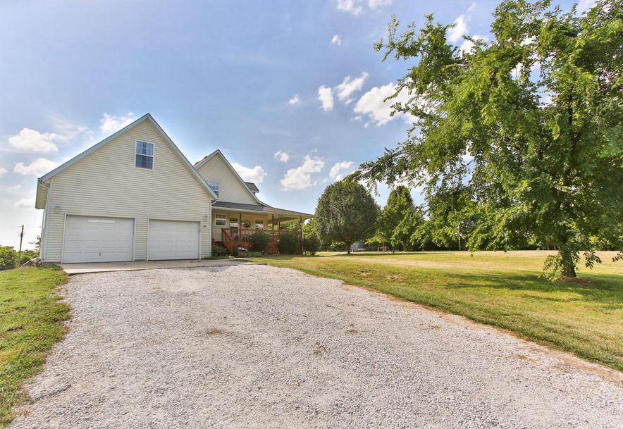 521 Carob Road Clever, MO 65631 - Photo 4