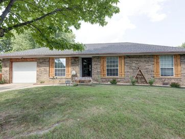 140 North Wynwood Avenue Republic, MO 65738 - Image 1