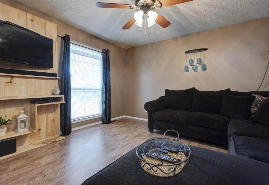 140 North Wynwood Avenue Republic, MO 65738 - Photo 3