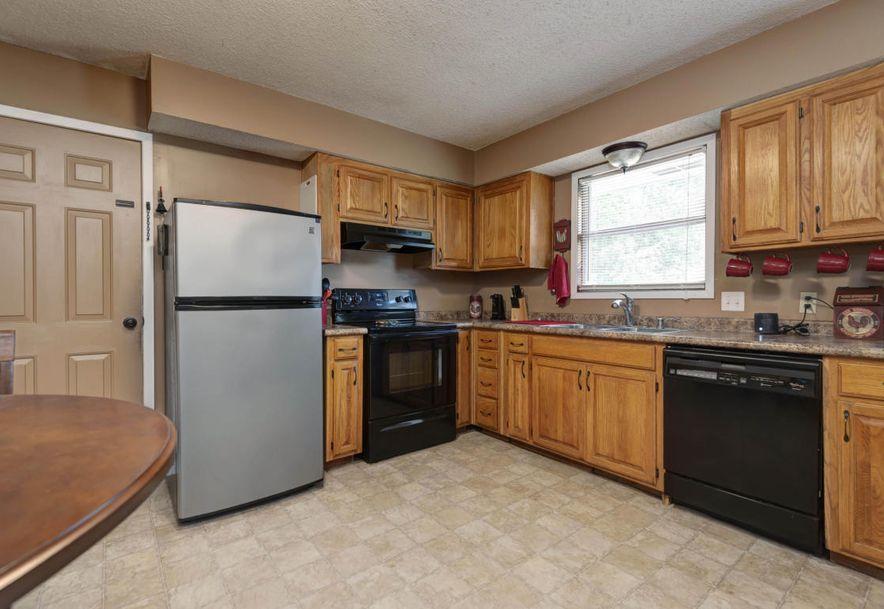 140 North Wynwood Avenue Republic, MO 65738 - Photo 4