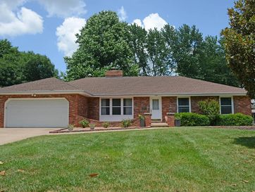 2141 East Montclair Street Springfield, MO 65804 - Image 1